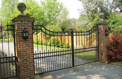 Automated Gates Berkshire - Red Metal Works