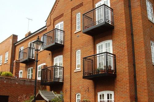 Balconies Berkshire - Red Metal Works